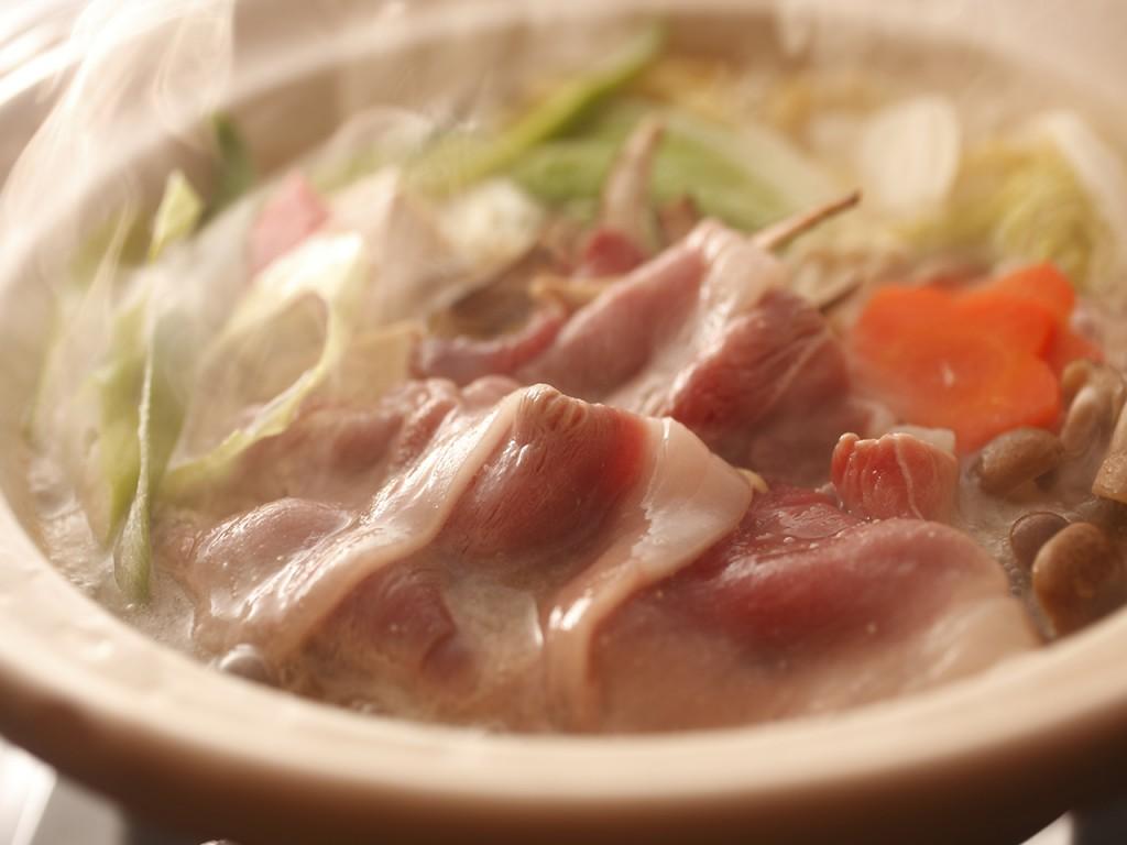 猪と堅豆腐の味噌鍋