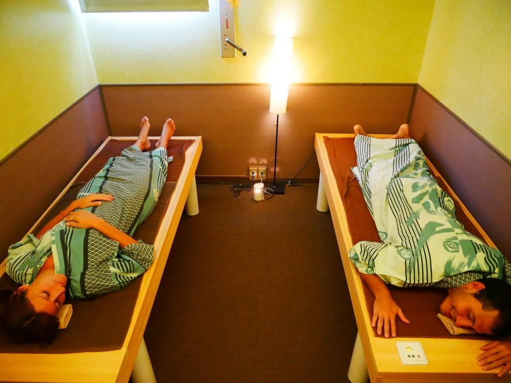 一里野高原ホテルろあん岩盤浴ルーム使用例