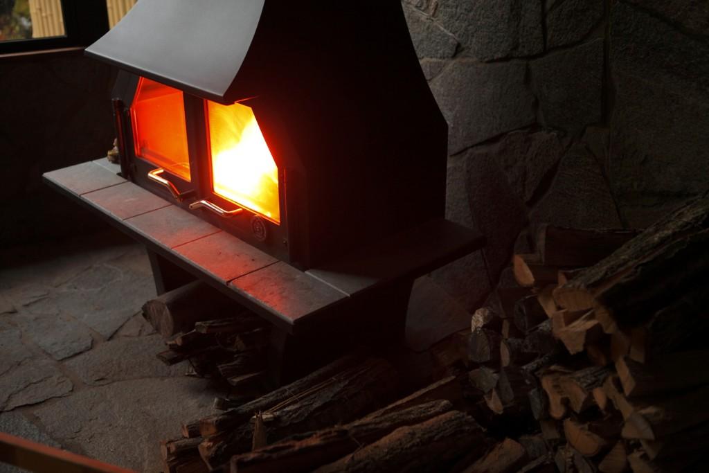ロビー 暖炉