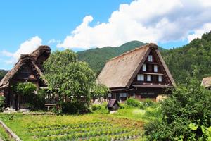 宿泊を白川郷の近くでお考えなら温泉が楽しめる【一里野高原ホテルろあん】